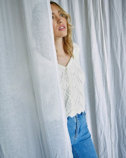 5 Camille Rowe | Cafe Cardigan Sweater White AVJSW00129 RVCA