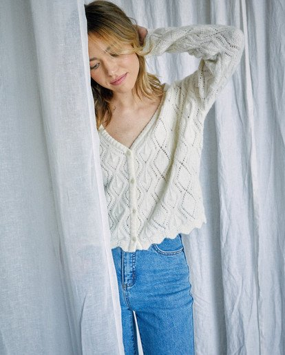 6 Camille Rowe | Cafe Cardigan Sweater White AVJSW00129 RVCA