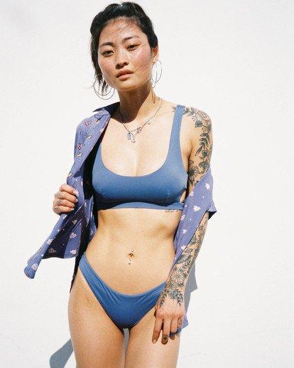 0 Solid Low-Rise Medium Coverage Bikini Bottom Blue AVJX400130 RVCA