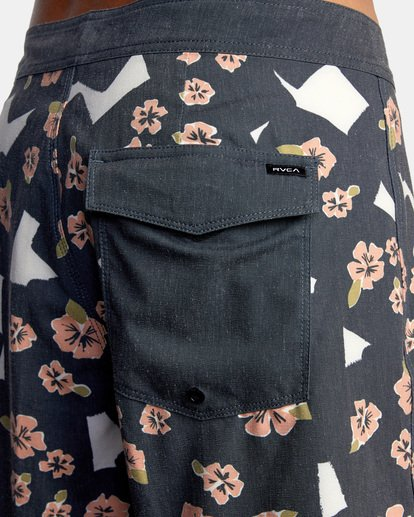 "8 Pop Flower Boardshorts 17"" Black AVYBS00181 RVCA"