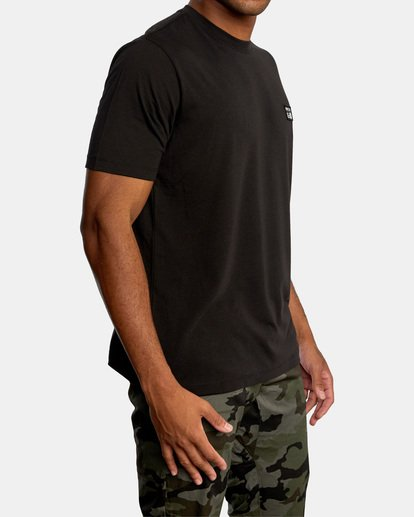 6 Matt Leines   VA Sport Faces Workout Shirt Black AVYZT00716 RVCA