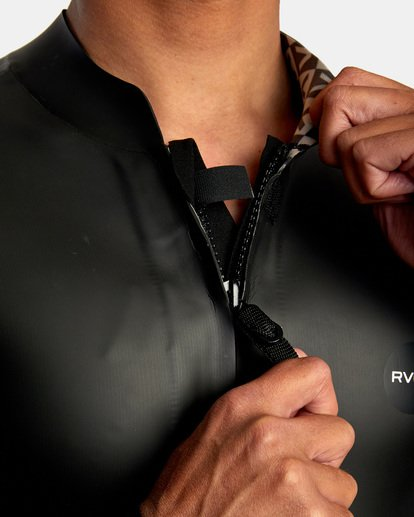 6 Ancell Front Zip Smoothie Wetsuit Jacket Black MR53NRFZ RVCA