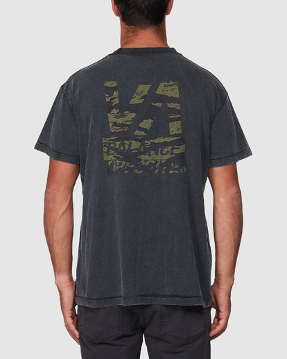 3 Balanced Short Sleeve Tee  R107050 RVCA