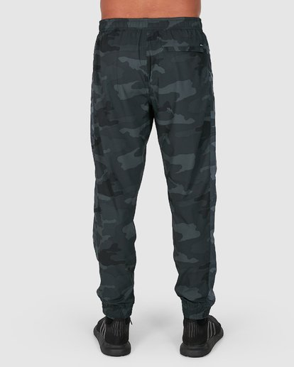 2 YOGGER PANTS Camo R307275 RVCA