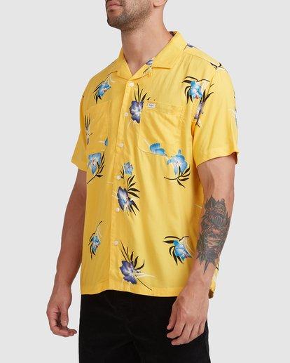 1 Cliffs Floral Short Sleeve Shirt White R315182 RVCA