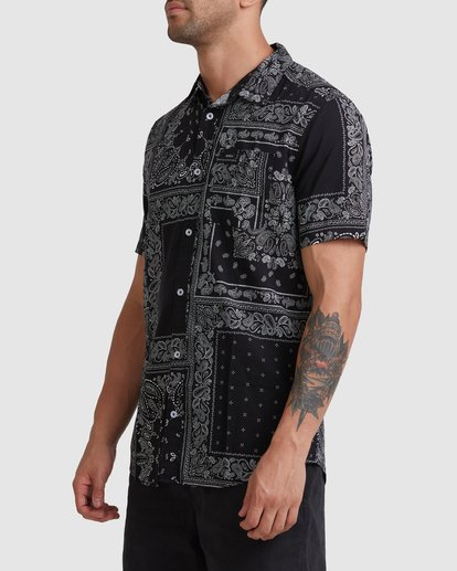1 Yari Short Sleeve Shirt Black R315184 RVCA
