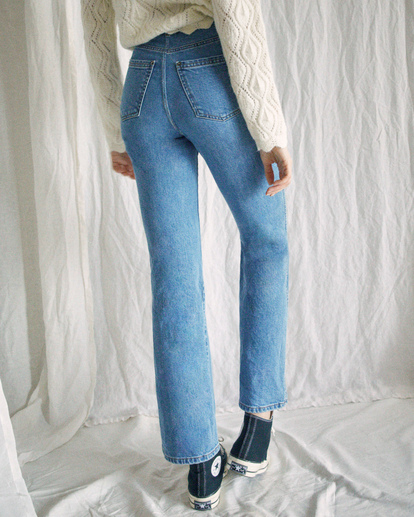 2 Camille Rowe Livin' - High Waisted Jeans for Women Blue Z3PNRBRVF1 RVCA