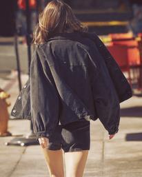 1 Camille Rowe | Bel Shirt Jacket Black AVJJK00129 RVCA