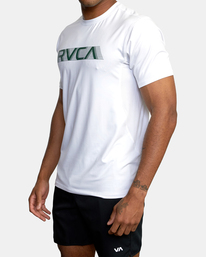 2 Sport Vent Big RVCA Speed Performance Workout Shirt White AVYKT00180 RVCA