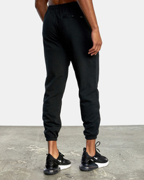 4 VA Essential Sweatpant Black AVYNP00116 RVCA