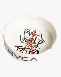 0 World Tour Ceramic Ashtray White MAMCVRWA RVCA