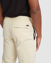 4 SPECTRUM CUFFED WORKOUT PANTS Brown R307276 RVCA