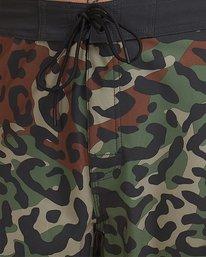 3 VA Trunk Print Green R307406 RVCA