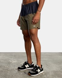 """3 YOGGER STRETCH recycled 17"""" workout SHORT Brown V201TRYS RVCA"""