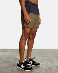 """5 YOGGER STRETCH recycled 17"""" workout SHORT Brown V201TRYS RVCA"""