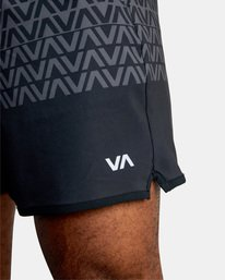 "4 YOGGER STRETCH recycled 17"" workout SHORT Black V201TRYS RVCA"