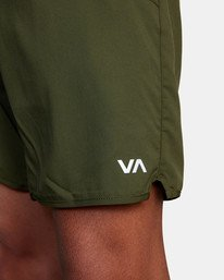 "8 Yogger IV Athletic Shorts 17"" Green V2133RYG RVCA"