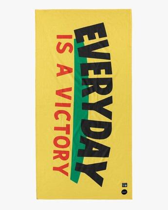 EVERYDAY VICTORY TOWEL  AVYAA00141