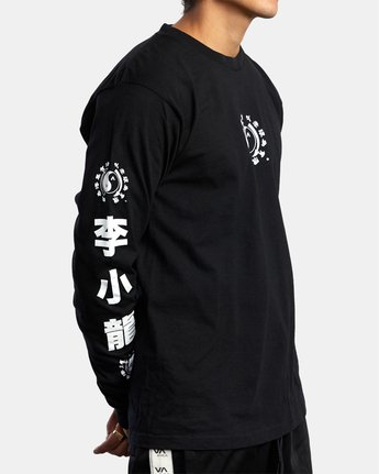 4 BRUCE LEE EIGHTY YEARS LONG SLEEVE TEE Black AVYZT00440 RVCA