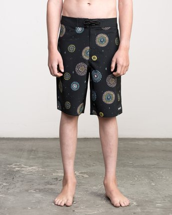 1 Boy's Pelletier Trunk Black B103PRPE RVCA