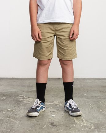 1 Boy's Weekday Stretch Short Green B240TRWD RVCA
