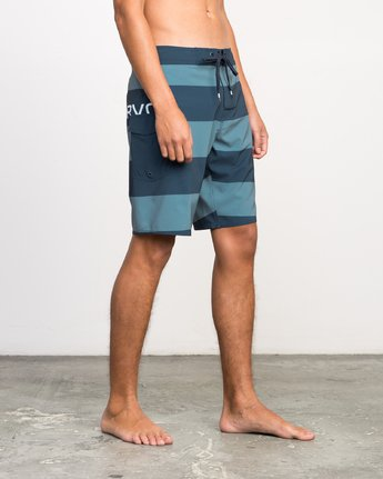 6 UNCIVIL STRIPE TRUNK  H1BSRDRVP8 RVCA