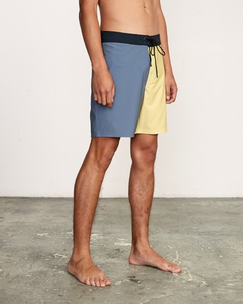 "6 Nash 18"" Boardshort Yellow M101VRNT RVCA"