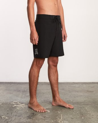 "6 Colin And Bert 19"" Boardshort Black M110URCB RVCA"