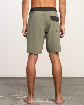 "4 VA Solid 19"" Boardshort Brown M154TRVA RVCA"