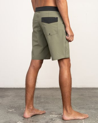 "5 VA Solid 19"" Boardshort Brown M154TRVA RVCA"