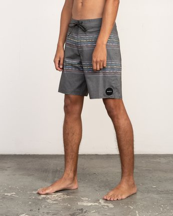 "2 Double Vision Striped 19"" Boardshort Black M162TRDO RVCA"