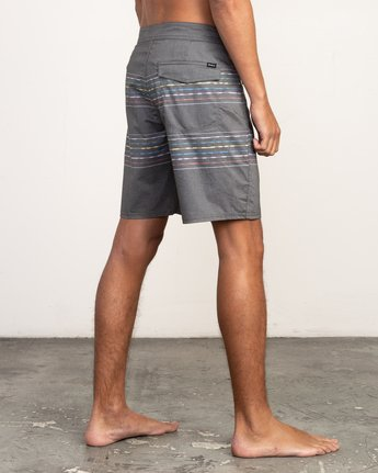 "5 Double Vision Striped 19"" Boardshort Black M162TRDO RVCA"
