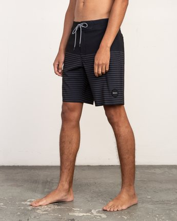 "2 Curren Caples 18"" Boardshort Black M163TRCU RVCA"