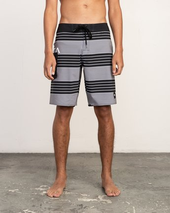 "1 Uncivil Stripe 20"" Boardshort Black M164TRUN RVCA"