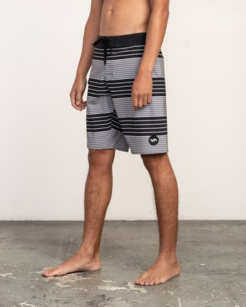 "2 Uncivil Stripe 20"" Boardshort Black M164TRUN RVCA"