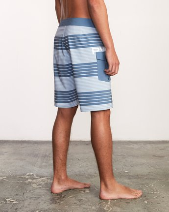 "4 Uncivil Stripe 20"" Boardshort Blue M164TRUN RVCA"