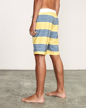 "3 Uncivil Stripe 20"" Boardshort Yellow M164TRUN RVCA"
