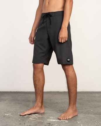 "2 Upper 20"" Boardshort Black M166TRUP RVCA"