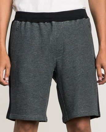 7 Premium Sweat Short Black M202SRPR RVCA