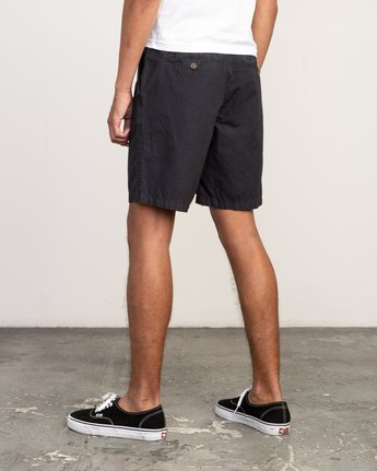 3 Butterball Over Dye Short Black M205PRBU RVCA