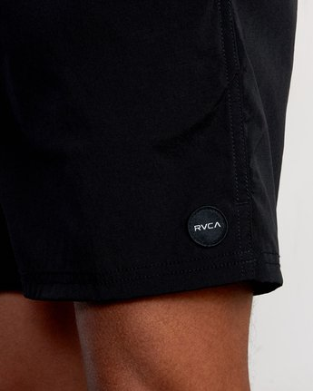 "8 FLUX WALKSHORT 16"" Black M2123RFW RVCA"