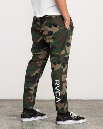5 Bruce Irons Swift Sweatpant Camo M308PRBS RVCA