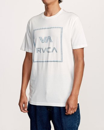 2 Unregistered T-Shirt White M430VRUN RVCA