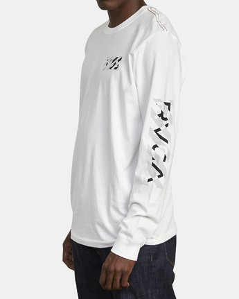 4 HAZARD LONG SLEEVE T-SHIRT White M4631RHA RVCA