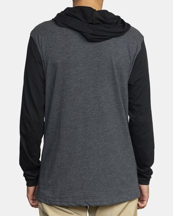 3 PICK UP II HOODIE Black M9593RPU RVCA