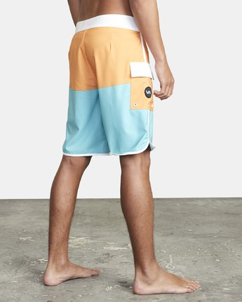 "6 EASTERN BOARDSHORT 20"" Orange MA117EAS RVCA"