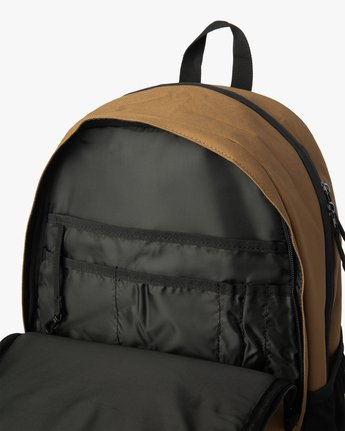 2 CURB BACKPACK III  MABK2RCB RVCA