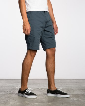 6 Week-End Stretch Shorts Blue MC202WKS RVCA