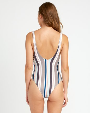 2 Off Shore Medium One Piece Swimsuit White P3SWRHRVS9 RVCA