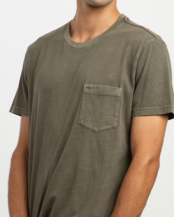6 Ptc 2 Pigment - Pocket T-Shirt for Men Green Q1KTRORVF9 RVCA